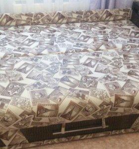 Продам диван новый пол года в иксплотации