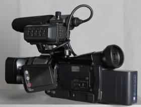 Видеокамера Sony HDR-HC1E