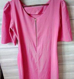 Платье удобное :)