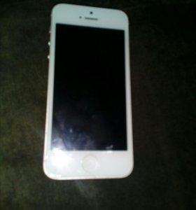 Айфон 5 ,16 ГБ
