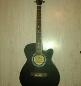 Акустическая гитара+электронный камертон
