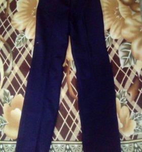 Школьные брюки. Размер 40-42