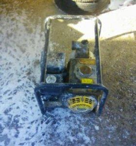 Мотопомпа бензиновая HUTER  MP50 цена договорная