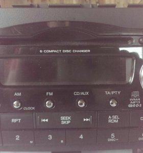 Оригинальная магнитола с Хонды CR-V 2008 г.