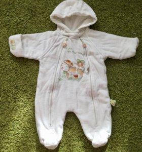 Комбинезон демисезонный для новорожденого