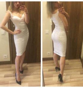 Крутое НОВОЕ кружевное платье