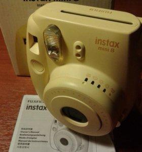Фотоаппарат Fujifilm Instax Mini 8 б/у отл.