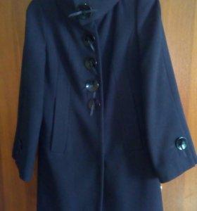 Пальто, б/у мало
