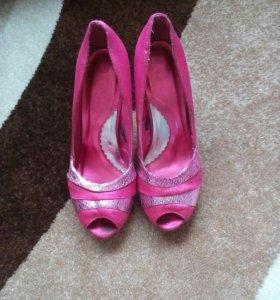 Продаю туфли 38 р-р