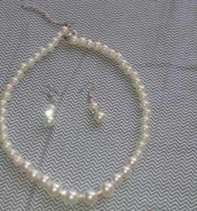 Продам ожерелье и серьги