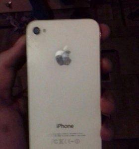Продам IPhone 4 на 8г