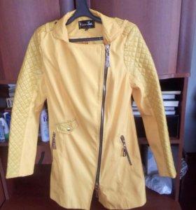 Куртка весеньния