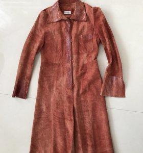Кожаное пальто, размер S