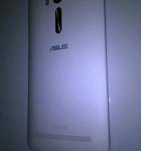 Телефон ASUS Zenfone