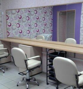 Сдам в аренду парикмахерскую или кресло- место
