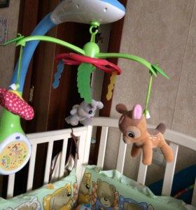 Мобиль игрушка chicco и пеленальный матрасик