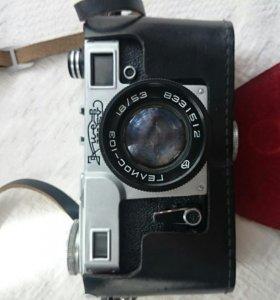 Советский фотоаппарат Киев