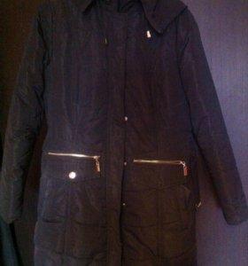 Продаю демисезонное пальто
