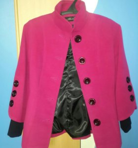 Пальто новое р42-44