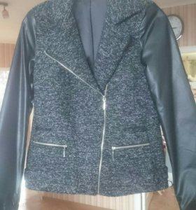 Куртка (полупальто)