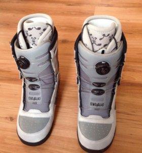 Ботинки сноубордические (муж.) Thirty two Niu Boa