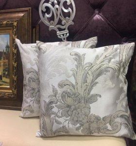 Подушки для декора в классическом стиле
