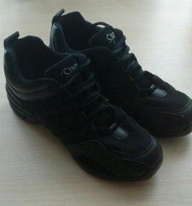 Джазовые кроссовки ( танцевальная обувь)