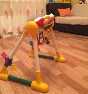 Детская развивающая игрушка мобил