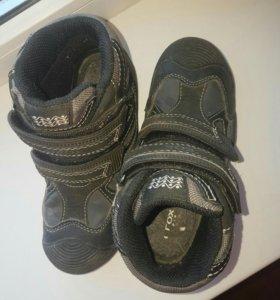 Демисезонные ботинки GEOX 29 размер