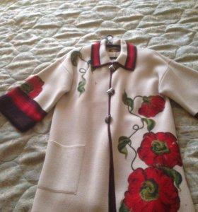 Авторское пальто, вязаное, ручная работа, новое
