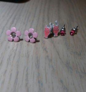Сережки: котики ,цветочки и гвоздики
