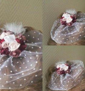 Ободок с вуалью, пером, розами