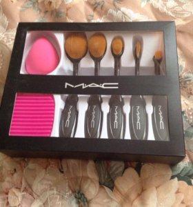 кисти для make-up mac, спонж и brush-egg