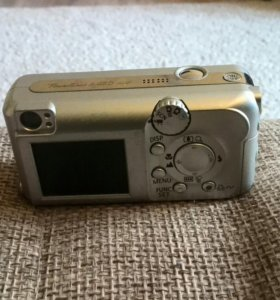 Фотоаппарат Canon.