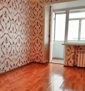Комната с балконом