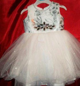 Нарядное платье для девочки 1 год
