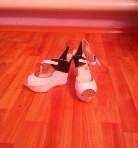Летние туфли на подошве