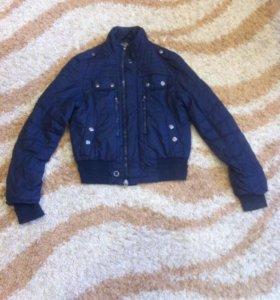 Продам куртку осень -весна
