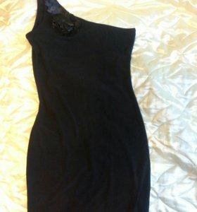 Платье новое р.44