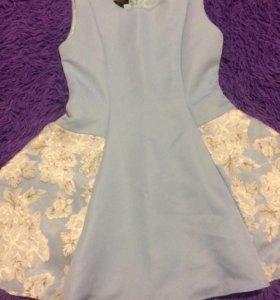 Платье новое, очень красивое . Ни разу не одевала