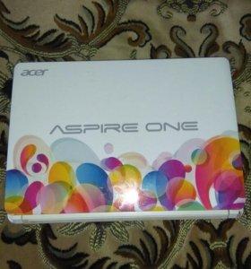 Нетбук Acer Aspire One D270-268blw