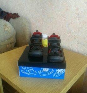 Ботинки демисезонные на мальчика ( по стельке 16см