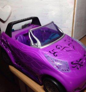 Monster Hight машина