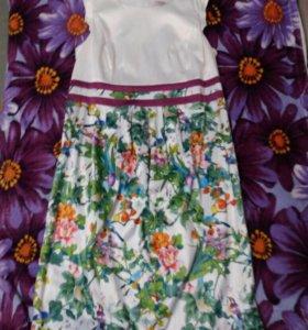 Очень красивое платье для берменной