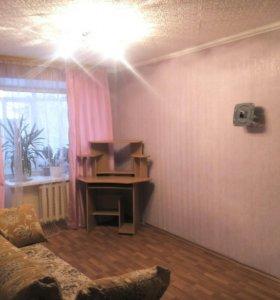 Продаю 1комнатную квартиру ,по ул Герцена,2 этаж .