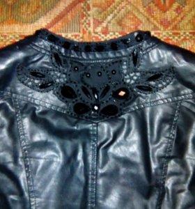 Куртки ...одевалось несколько раз. Почти как новые