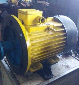 Электродвигатель новый 11 кВт.