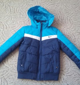 Куртка Nike новая