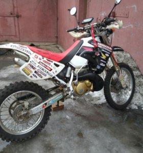 Мотоцикл honda crm 250 ar