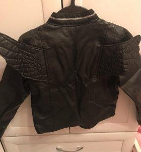 Куртка девочке 5-6 лет